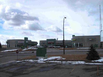 Short Pants Plaza (3 Buildings)